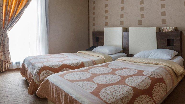 هتل فرهنگ و هنر مشهد اتاق دو تخته تویین 1