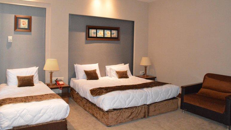 هتل زنبق یزد اتاق سه تخته 3