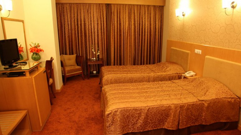 اتاق دو تخته تویین هتل ساینا