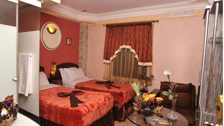 نمایی از اتاق دو تخته تویین هتل الیان