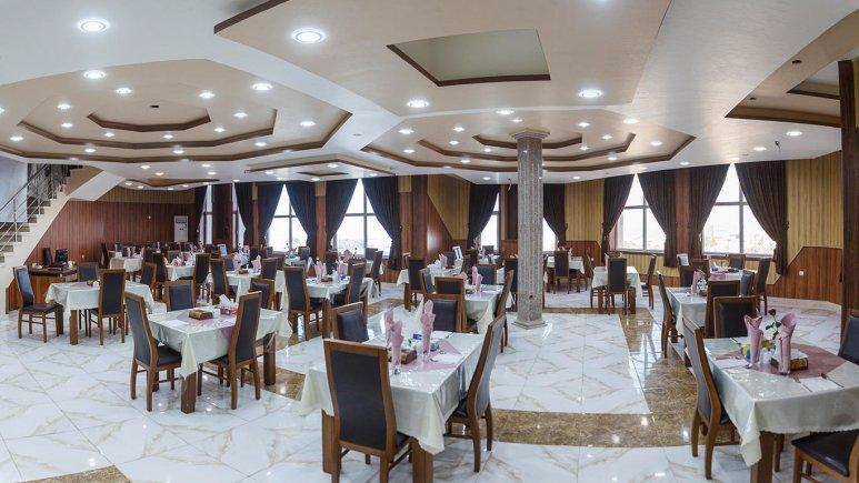 هتل ارم قشم رستوران 1
