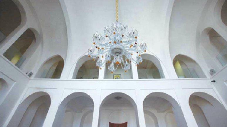 نگارخانه ی هتل سنتی منوچهری