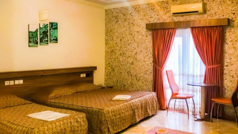 هتل عرش نوشهر اتاق سه تخته 1