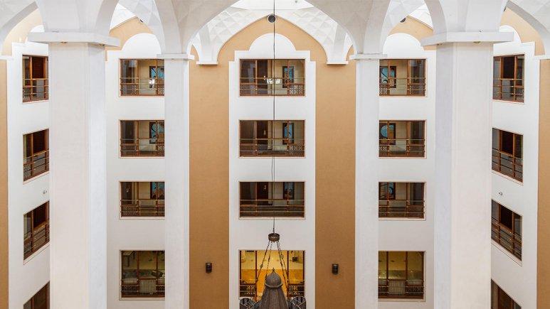 هتل پارسیان صفاییه یزد فضای داخلی هتل 1