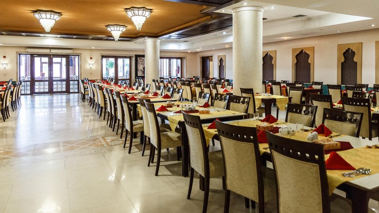 هتل پارسیان صفاییه یزد رستوران