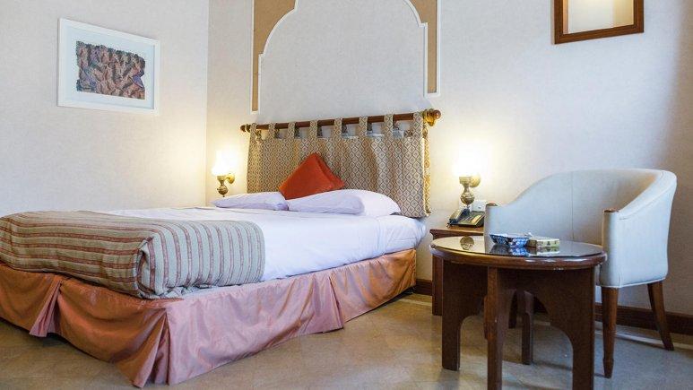 هتل پارسیان صفاییه یزد اتاق دو تخته دابل 2