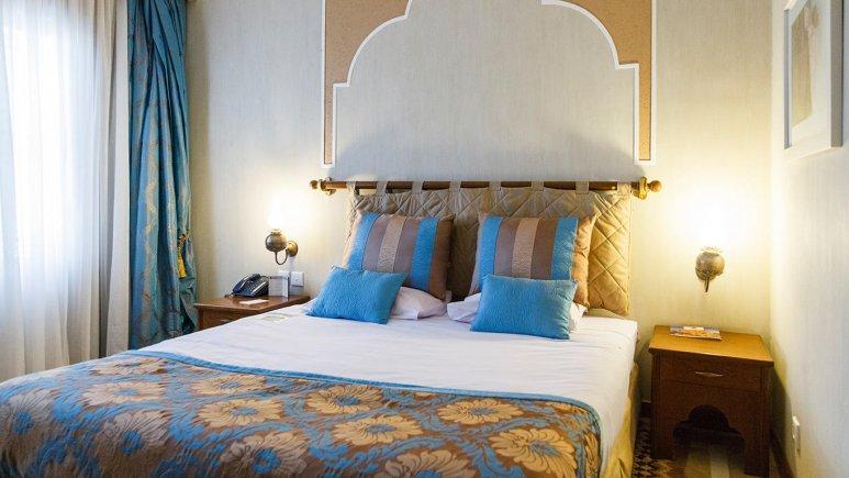 هتل پارسیان صفاییه یزد اتاق دو تخته دابل 4
