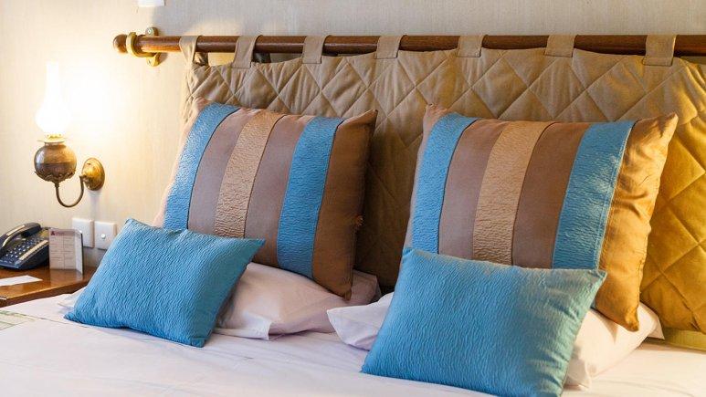 هتل پارسیان صفاییه یزد اتاق دو تخته دابل 5