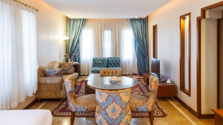 هتل پارسیان صفاییه یزد فضای داخلی سوئیت ها 1