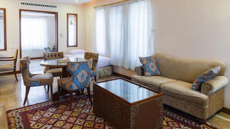 هتل پارسیان صفاییه یزد فضای داخلی سوئیت ها 2