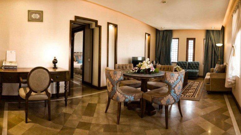 هتل پارسیان صفاییه یزد فضای داخلی سوئیت ها 3