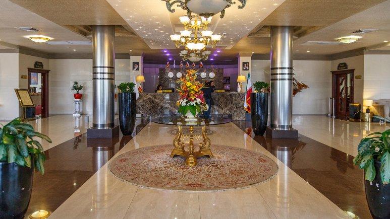 هتل ایران کیش لابی 3