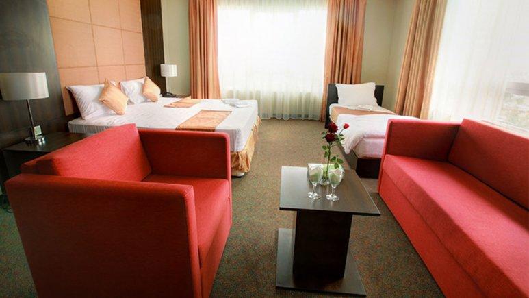 اتاق سه تخته هتل ایران