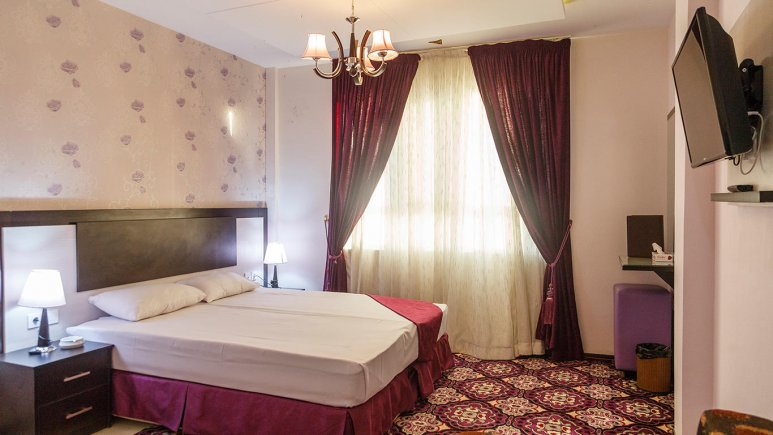 هتل سراج مشهد اتاق دو تخته دابل
