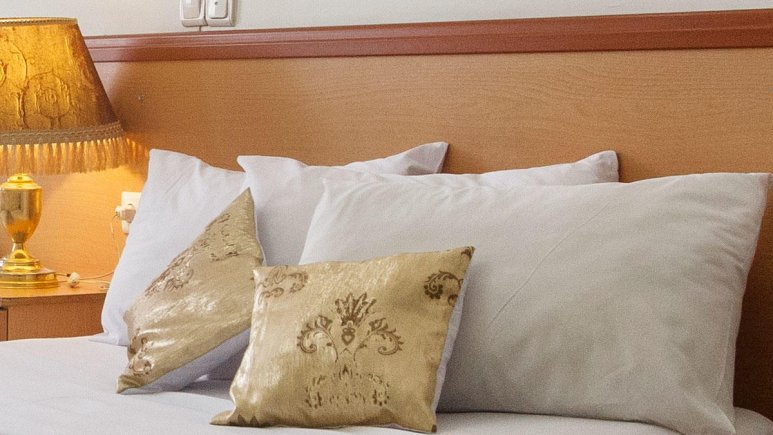 هتل کوثر مشهد اتاق دو تخته دابل
