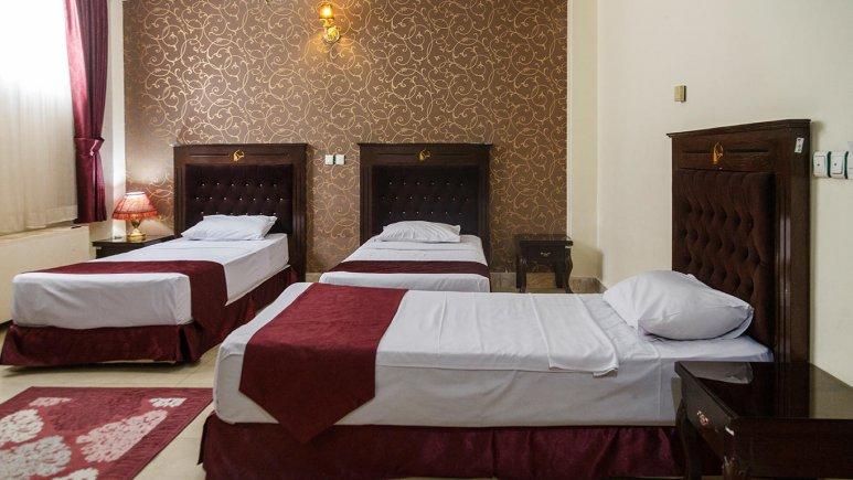 هتل کوثر مشهد اتاق سه تخته 2