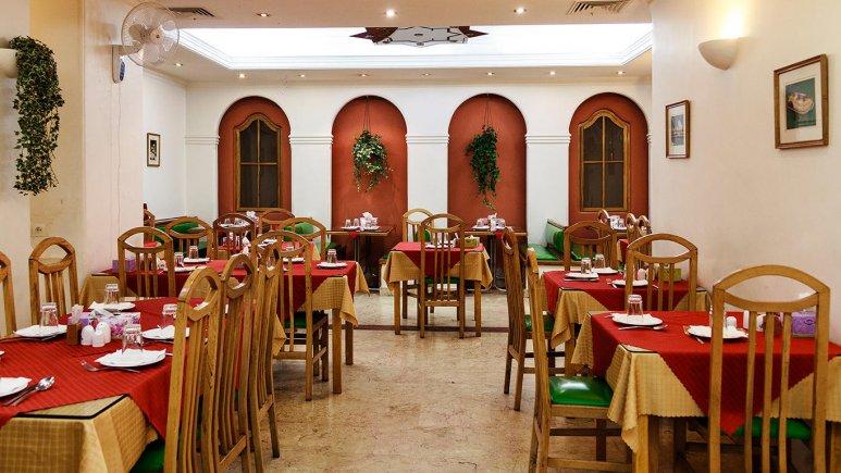 هتل قناری تهران رستوران 2