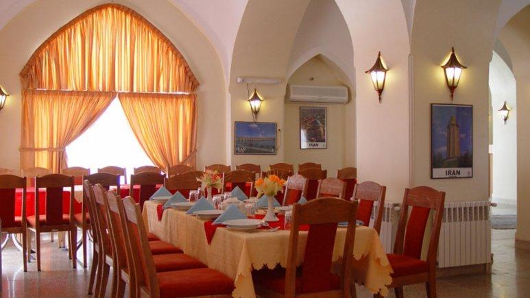 رستوران هتل جهانگردی گلپایگان