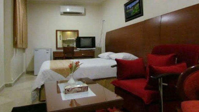 سوییت دو تخته هتل آپارتمان افرا