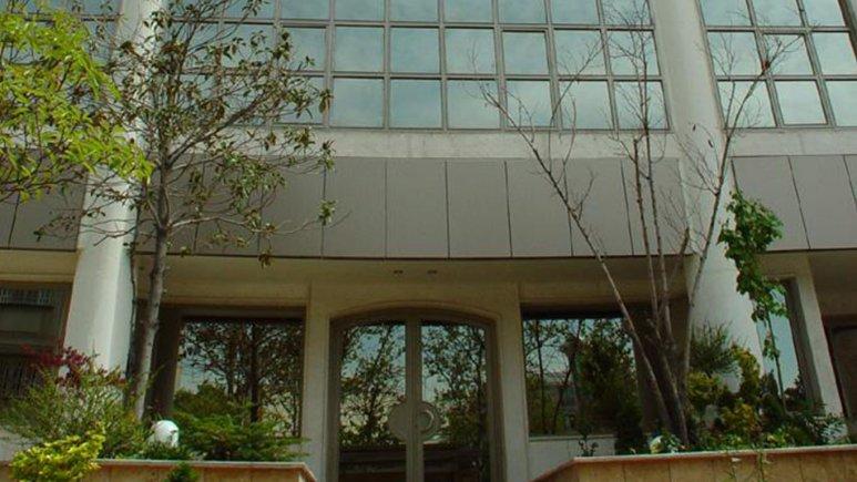 نمای بیرونی هتل آپارتمان آبتین