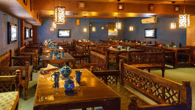 رستوران سنتی هتل آرین