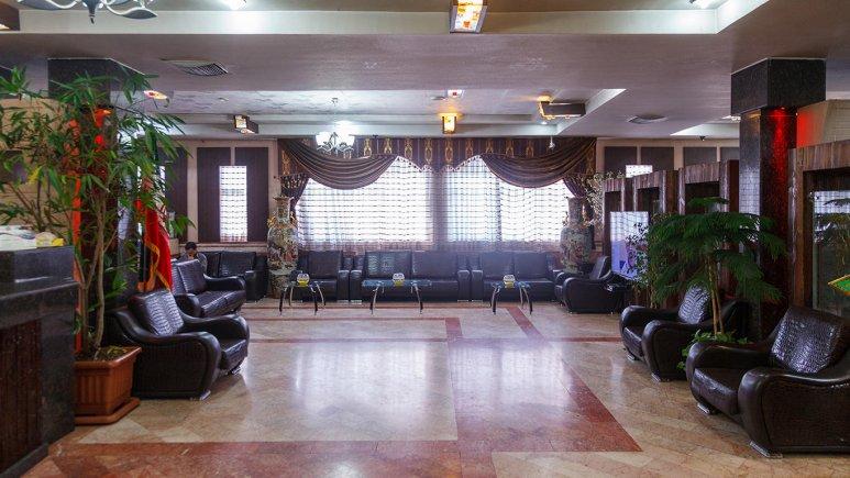 هتل آپارتمان فیروزه توس مشهد لابی