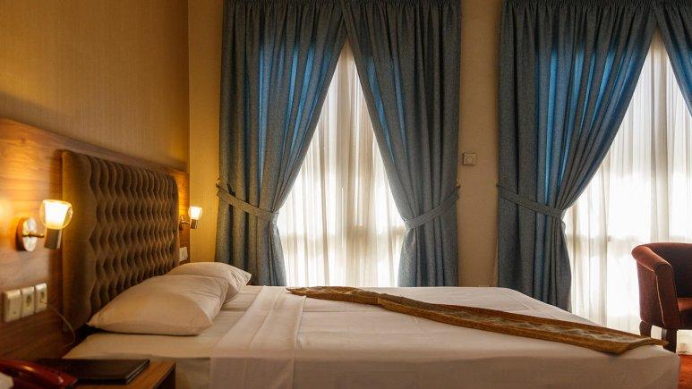 هتل صادقیه مشهد اتاق دو تخته دابل