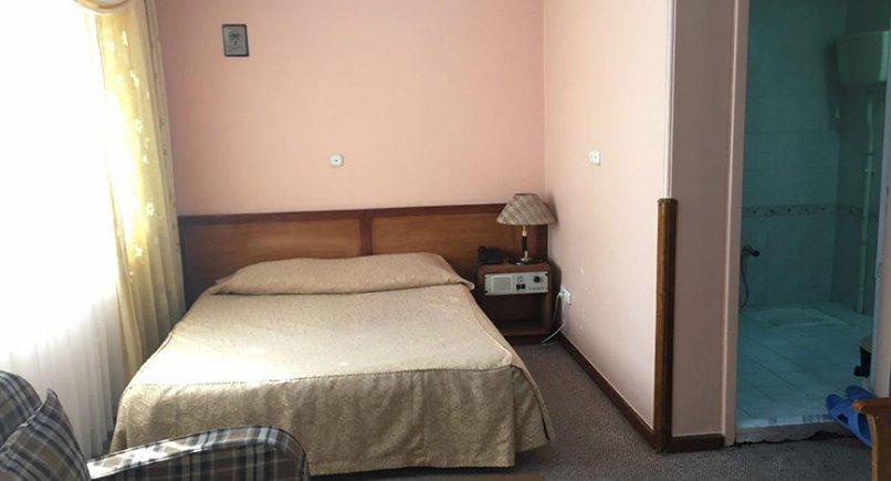 اتاق دو تخته هتل صبا مشهد