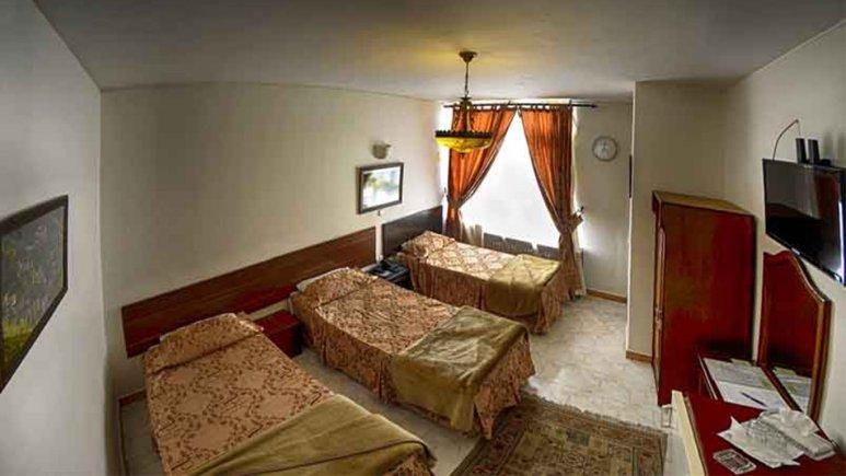 اتاق سه تخته  هتل گلستان