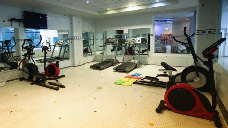 هتل آساره تهران سالن ورزشی 2