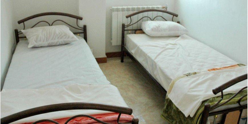 نمای اتاق دو تخته هتل آرام فومن
