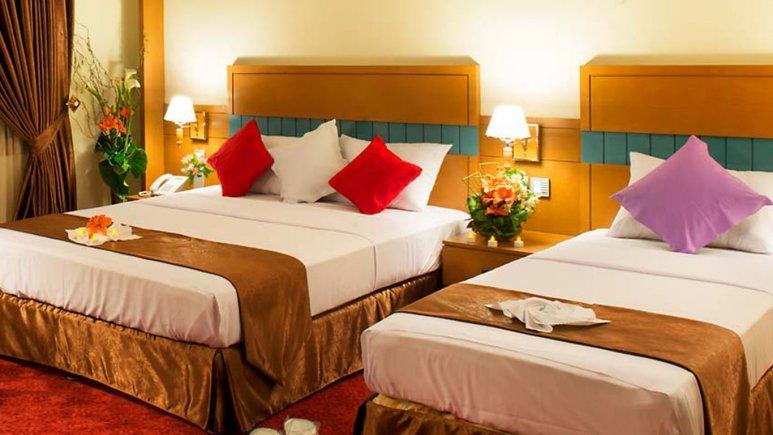 اتاق سه تخته هتل مدینه الرضا
