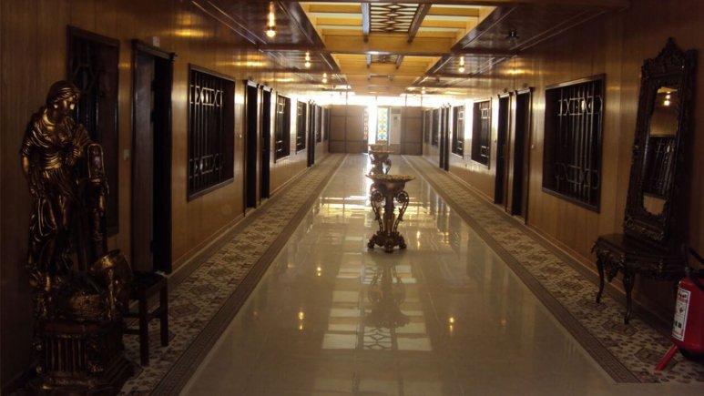 راهرو هتل سفیر