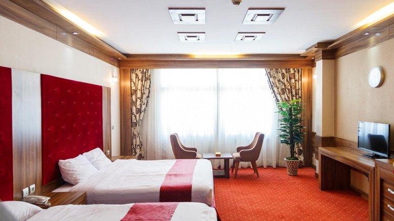 هتل خورشید تابان مشهد اتاق سه تخته 3