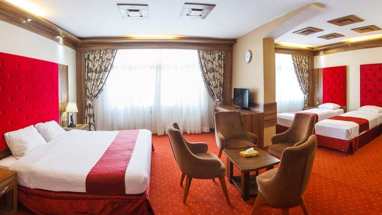 هتل خورشید تابان مشهد اتاق چهار تخته