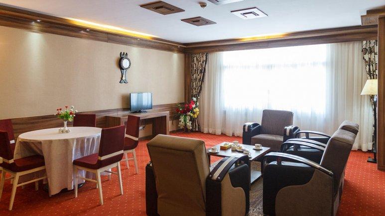 هتل خورشید تابان مشهد فضای داخلی اتاق ها