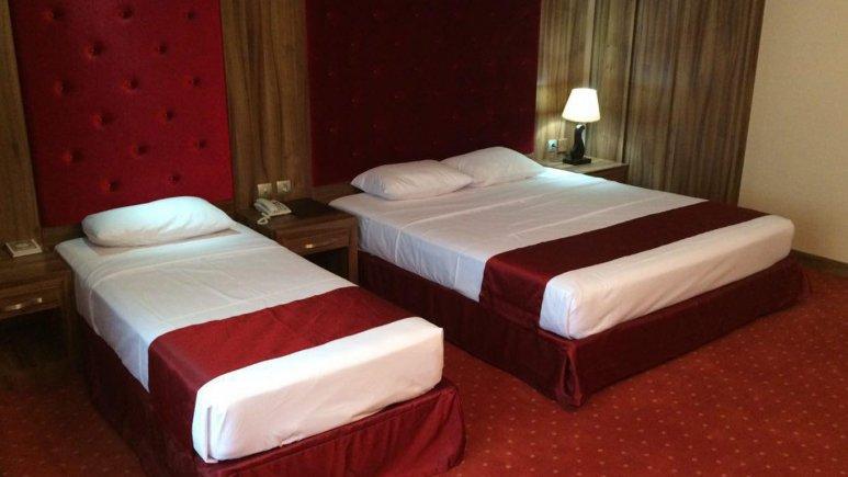 اتاق سه تخته هتل خورشید تابان