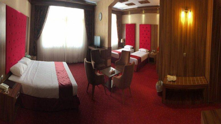 اتاق چهار تخته هتل خورشید تابان
