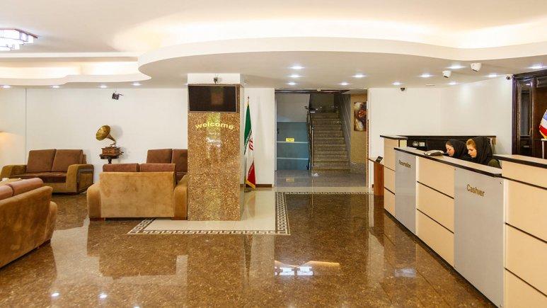 هتل آپارتمان جاده ابریشم تهران لابی 1