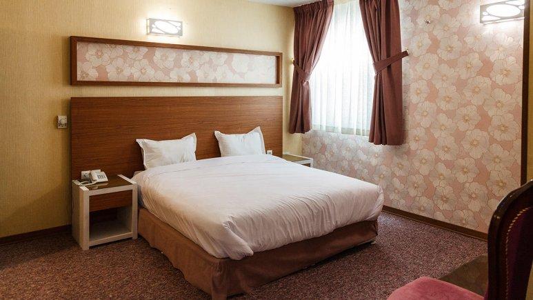 هتل آوین اصفهان اتاق دو تخته دابل 1