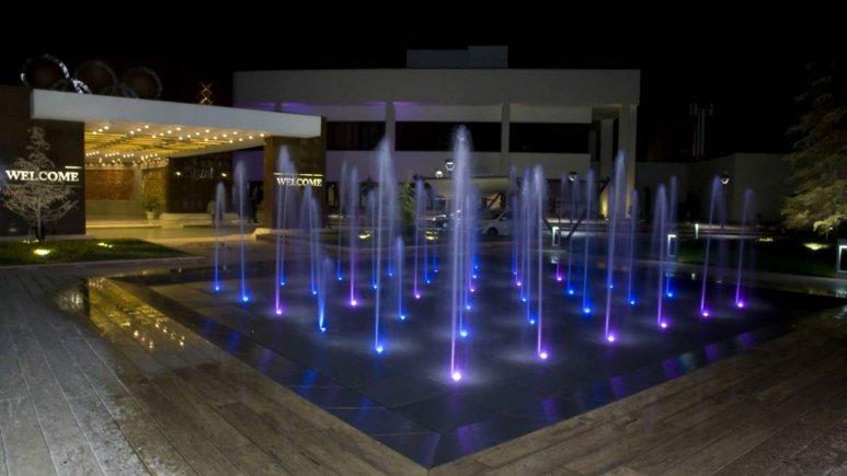 هتل المپیک تهران فضای بیرونی هتل 3