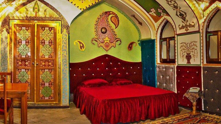 هتل ارگ تاریخی گوگد گلپایگان اتاق دو تخته رویال
