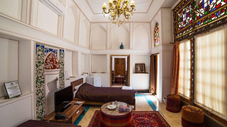 هتل سنتی کیانپور