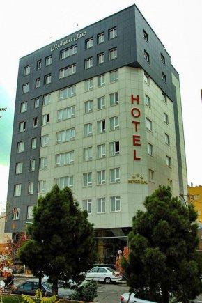 هتل استقبال تبریز نمای بیرونی 1
