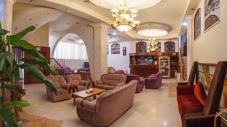 هتل بهارستان مشهد کافی شاپ