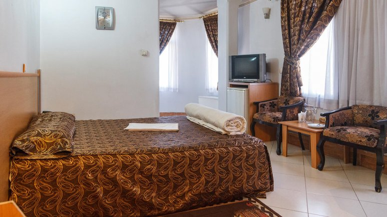 هتل بهارستان مشهد اتاق دو تخته 1