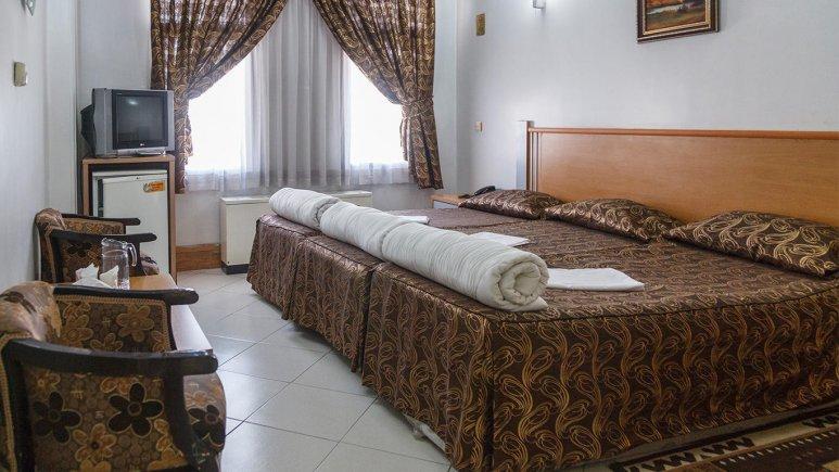 هتل بهارستان مشهد اتاق سه تخته 1