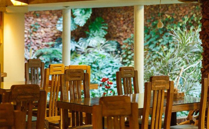 هتل آپارتمان چهل پنجره رستوران 2