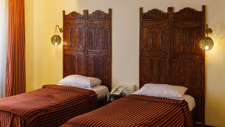 هتل آپارتمان چهل پنجره اصفهان اتاق دو تخته تویین کوچک 2