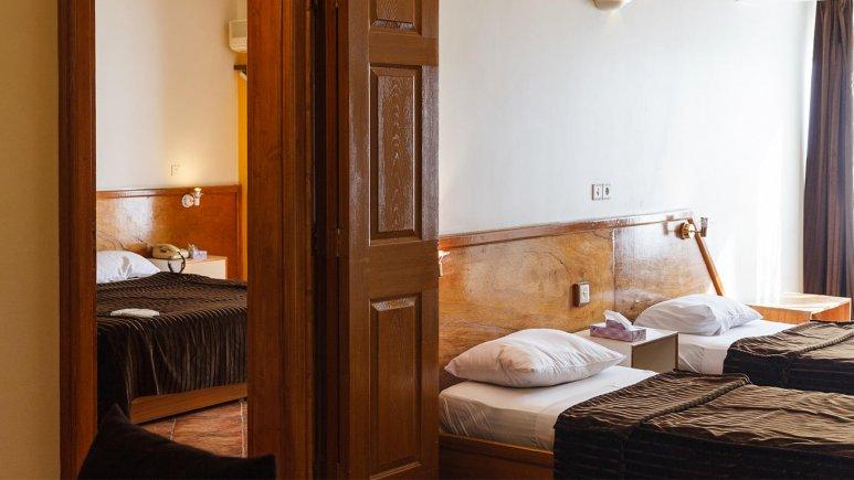 هتل آپارتمان چهل پنجره اصفهان سوئیت دو خوابه